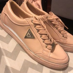 Guess bryly sneakers